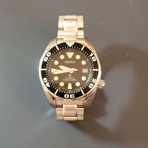 Seiko SBDC031 44mm automatic watch